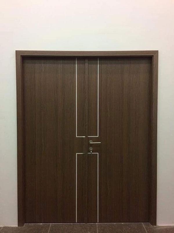 lắp cửa nhựa thông phòng ở quảng ninh